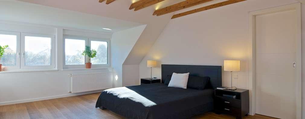 Habitaciones de estilo moderno por GRID architektur + design