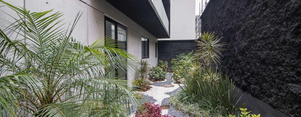 Jardines de estilo moderno por PHia