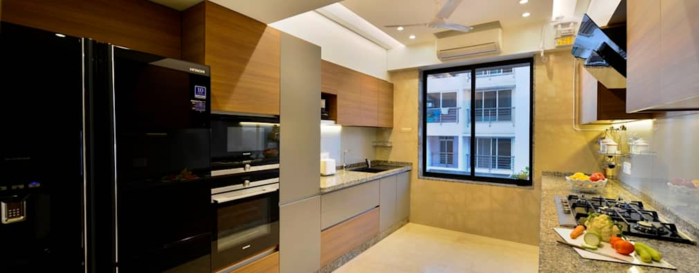 4 Bed Apartment Interior: minimalistic Kitchen by Aum Architects