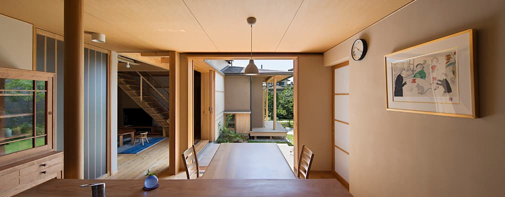 asian Dining room by AMI ENVIRONMENT DESIGN/アミ環境デザイン