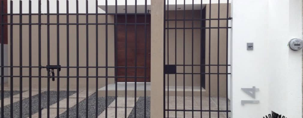 Casas de estilo minimalista por La Maquiladora / taller de ideas