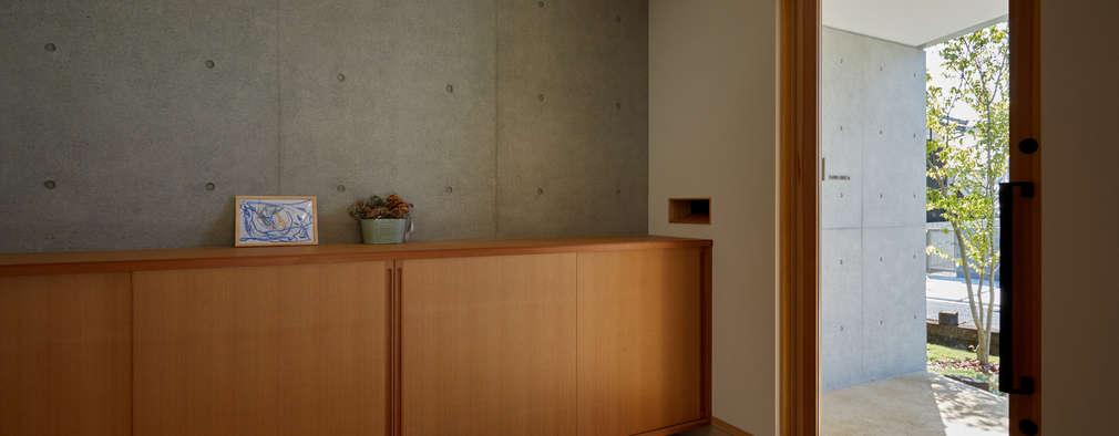 Corridor, hallway by toki Architect design office
