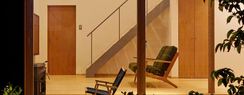 modern Living room by toki Architect design office