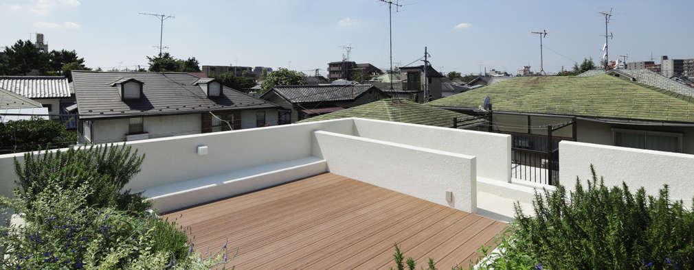 屋上テラス: 株式会社 安井秀夫アトリエが手掛けた学校です。