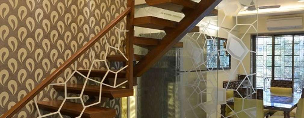 Projekty,  Korytarz, przedpokój zaprojektowane przez Aum Architects