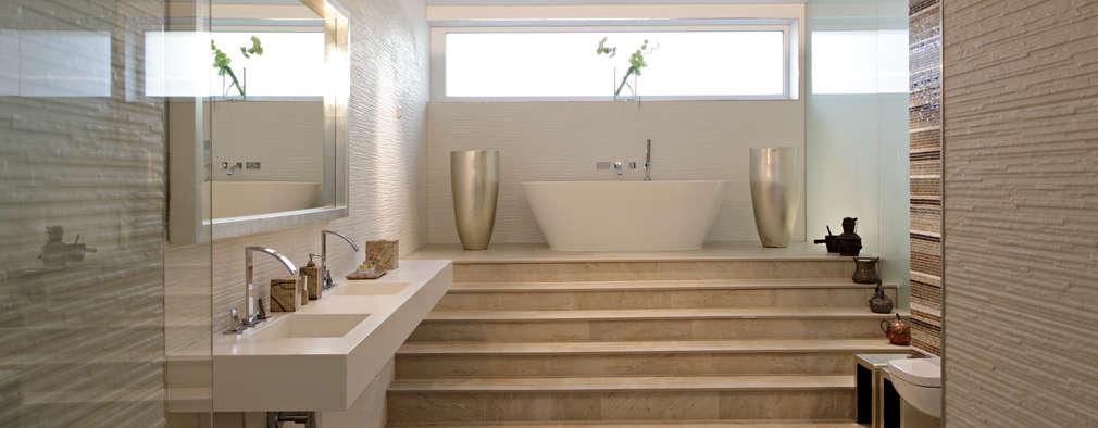 Haus Sch: Moderne Badezimmer Von LABOR WELTENBAU ARCHITEKTUR