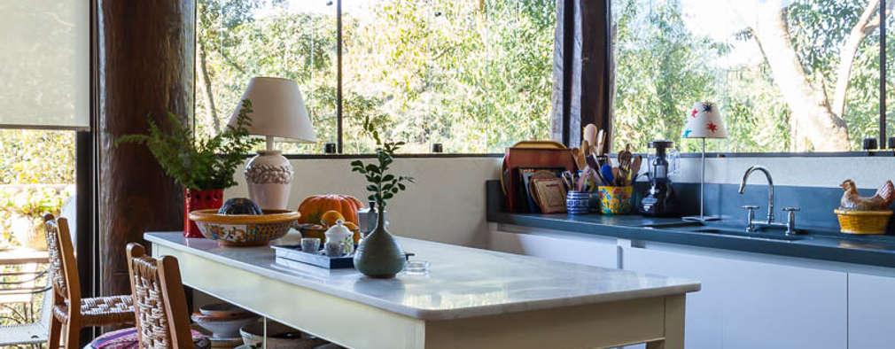 Cocinas de estilo rústico por SCALI & MENDES ARQUITETURA SUSTENTAVEL