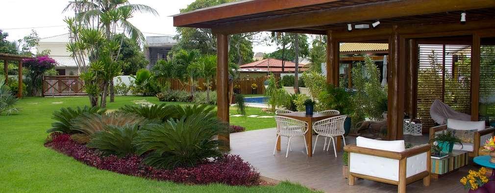 Maisons de style de style Tropical par Tânia Póvoa Arquitetura e Decoração