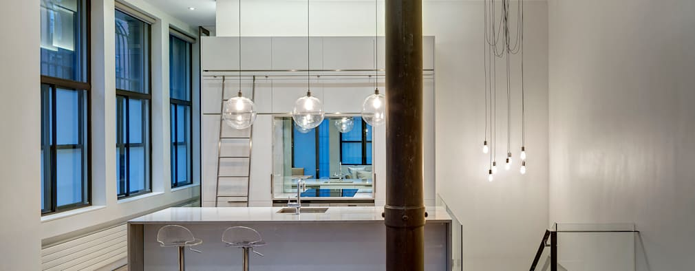 Cocinas de estilo moderno por Lilian H. Weinreich Architects