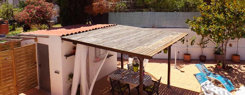 Terrazas de estilo  por custom casa home staging