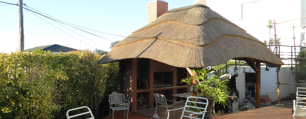11 South African Homes With Thatched Roofs