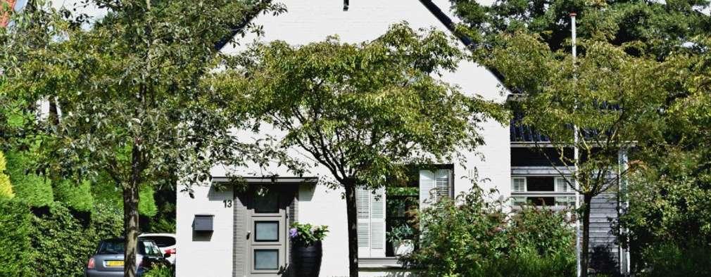 Vrijstaande Villa Heiloo: landelijke Huizen door Atelier09