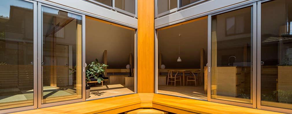 宇都宮・屋根の家: 中山大輔建築設計事務所/Nakayama Architectsが手掛けた窓です。