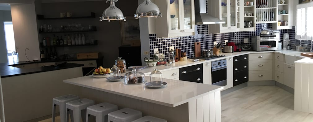 modern Kitchen by CS DESIGN