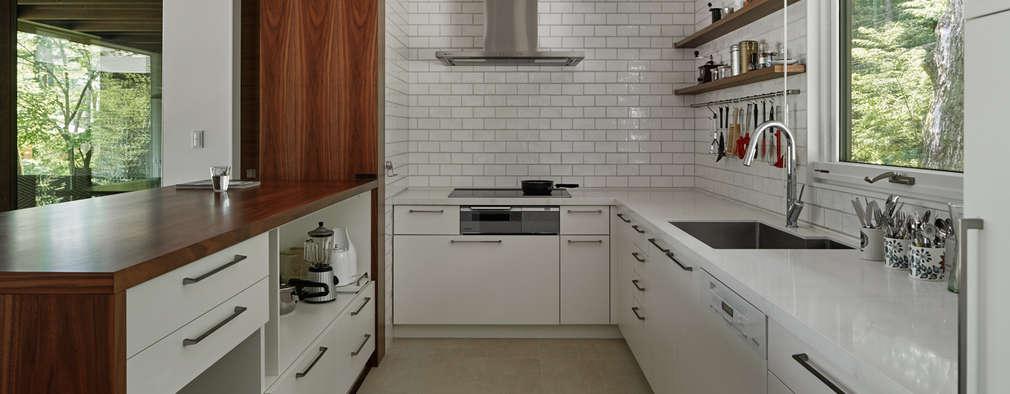 scandinavian Kitchen by atelier137 ARCHITECTURAL DESIGN OFFICE