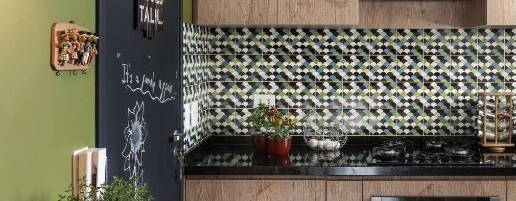مطبخ تنفيذ Alma em Design