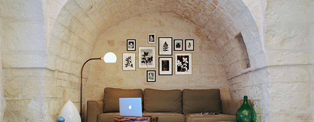 Salas / recibidores de estilo rural por ABBW angelobruno building workshop