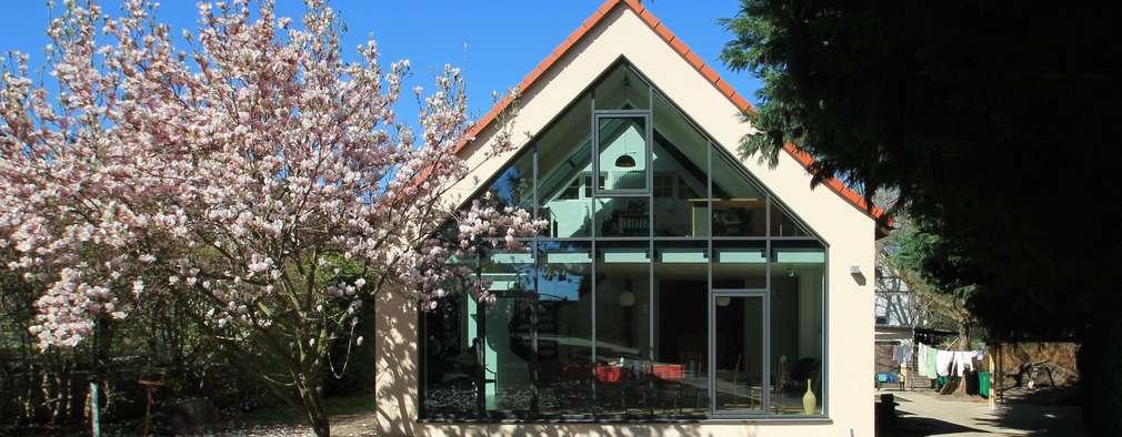 Projekty, nowoczesne Domy zaprojektowane przez Architekturbüro Schumann