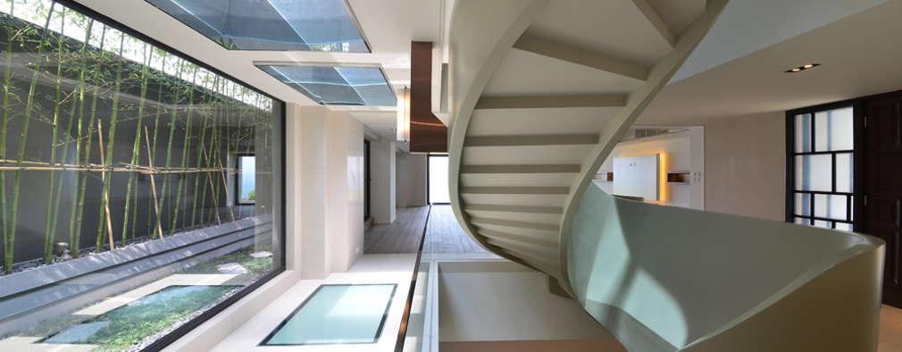 minimalistic Living room by FAK3