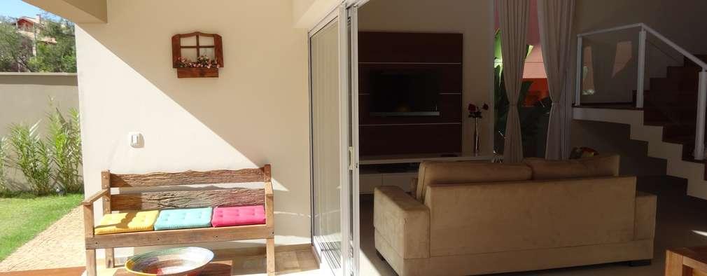 canatelli arquitetura e design: modern tarz Oturma Odası
