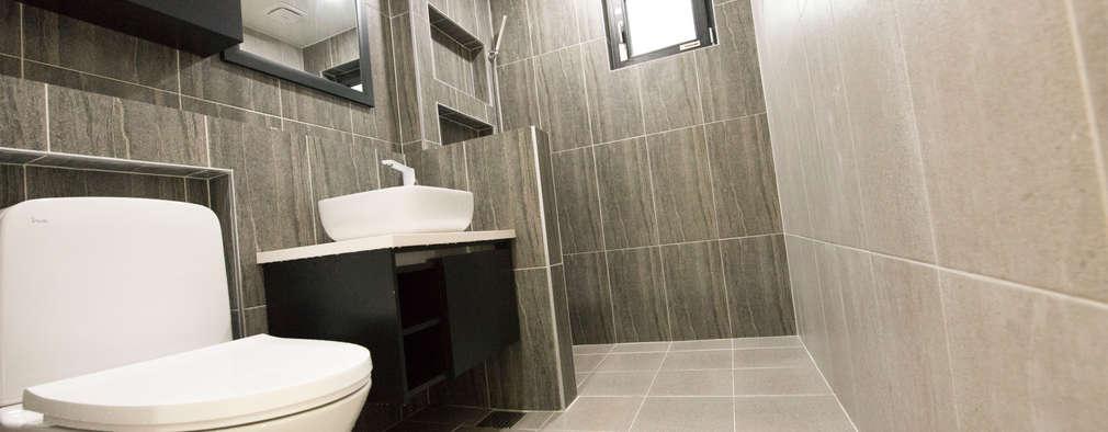 modern Bathroom by 피앤이(P&E)건축사사무소