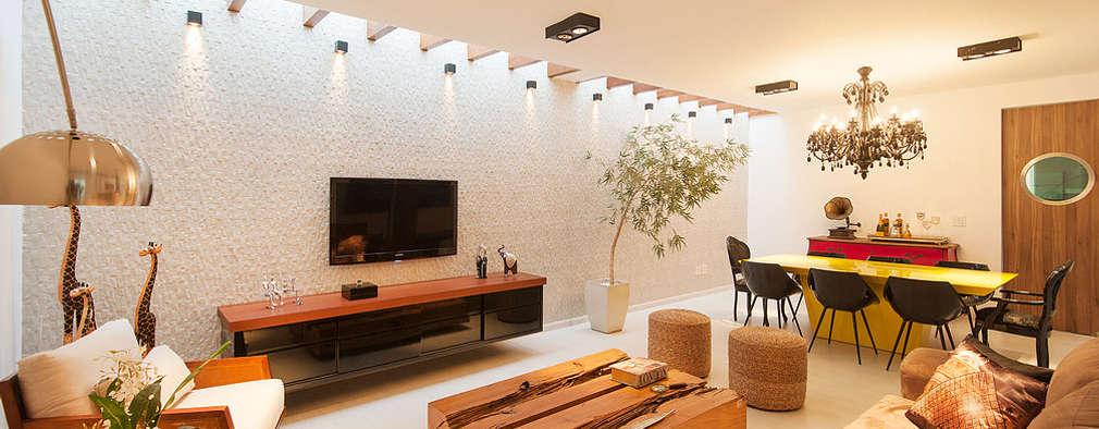 Salas de estilo moderno por THEROOM ARQUITETURA E DESIGN