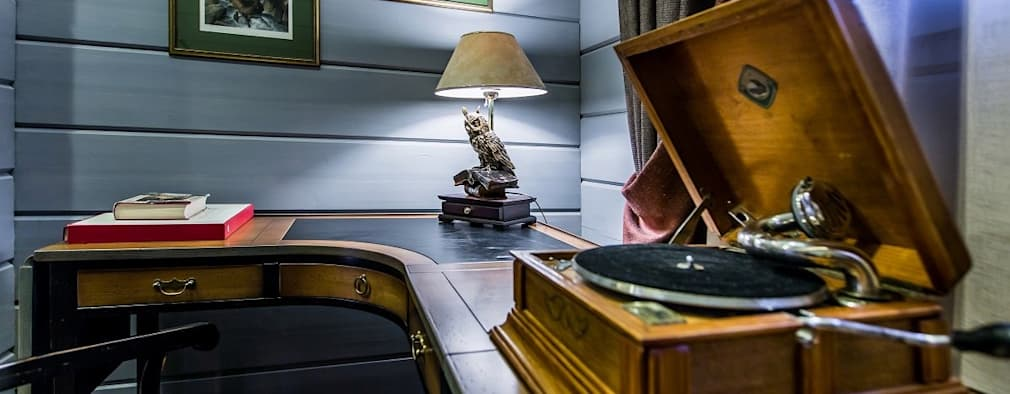 ห้องทำงาน/อ่านหนังสือ by GOOD WOOD