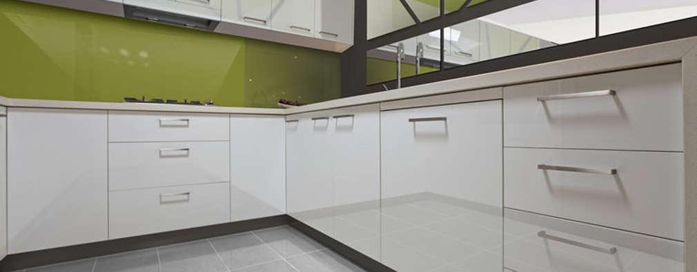 Zenolite es 25 veces mayor resistente al impacto que un vidrio de similares características.: Cocinas de estilo moderno por FORMICA Venezuela