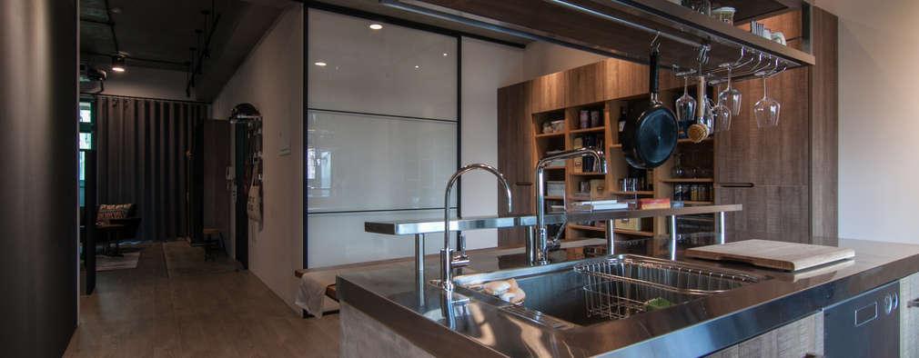 مطبخ تنفيذ 珞石設計 LoqStudio