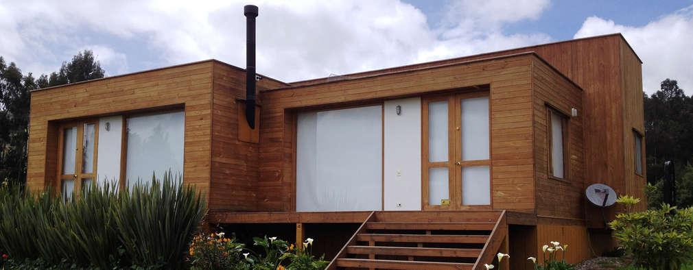 modern Houses by Taller de Ensamble SAS