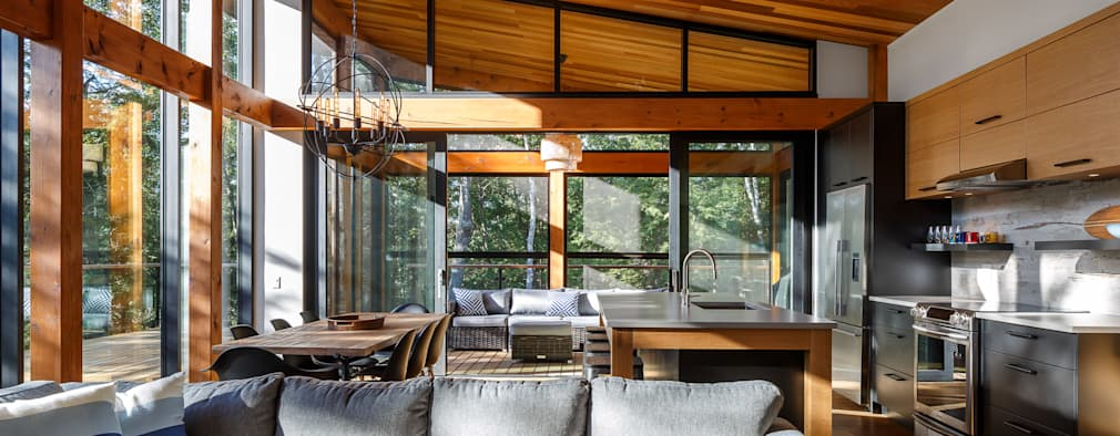 Lac St. Sixte Summer Residence: modern Living room by Flynn Architect
