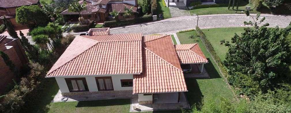 Casa Prefabricada en concreto.: Casas de estilo rural por PREFABRICASA