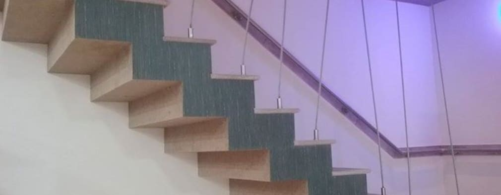 The Stairs:  Corridor & hallway by i'studio creative