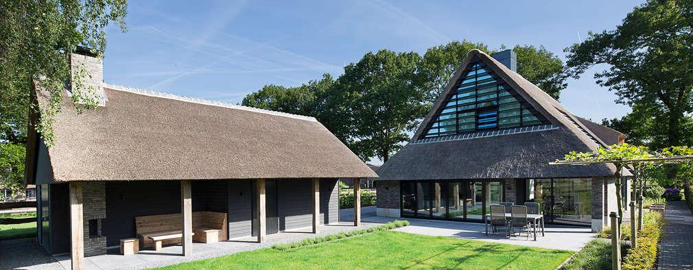 Projekty, wiejskie Domy zaprojektowane przez Vermeer Architecten b.v.