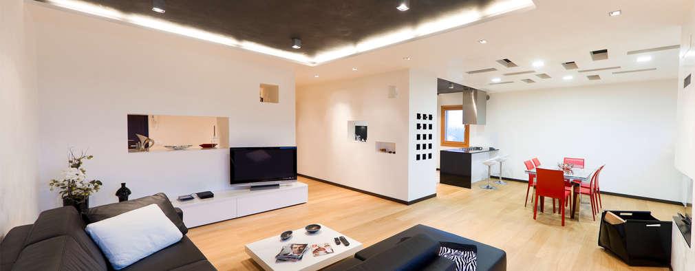BM HOUSE: Soggiorno in stile in stile Moderno di SANSON ARCHITETTI