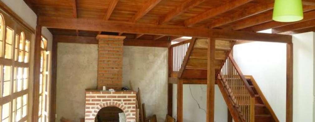 Casa pre fabricada en bogotá 2: Salas de estilo moderno por PREFABRICASA