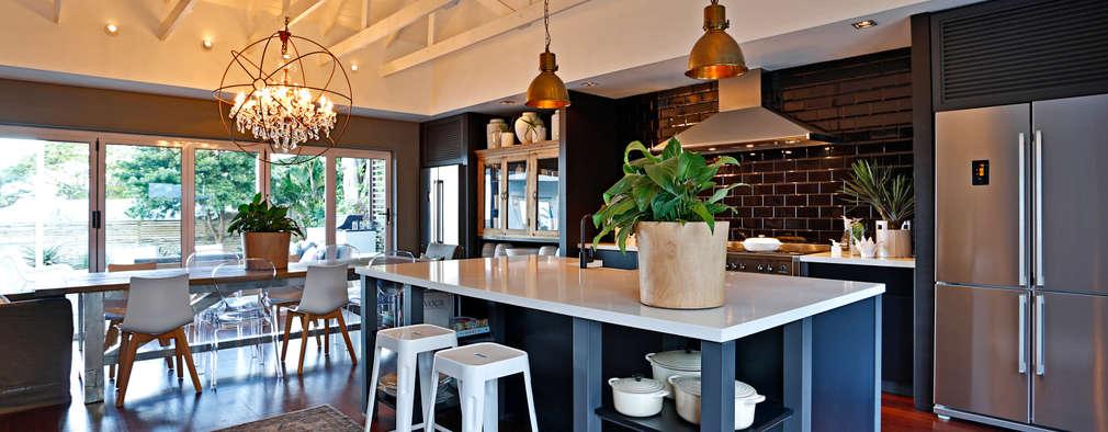 Cocinas de estilo  por Sphere Design & Architecture