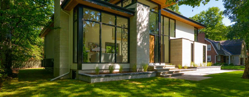 Rockcliffe Park: modern Houses by Flynn Architect