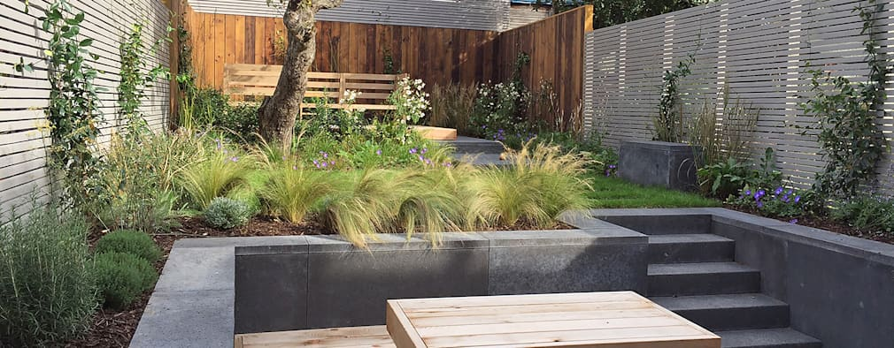 Jardines de estilo moderno por Tom Massey Landscape & Garden Design