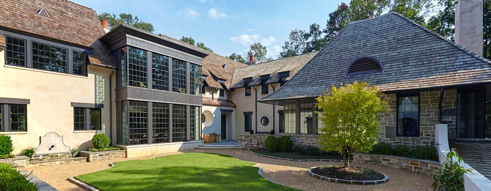 classic Houses by Christopher Architecture & Interiors
