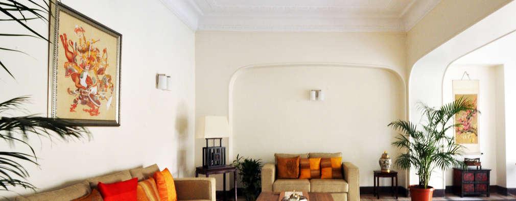 : colonial Living room by Dhruva Samal & Associates
