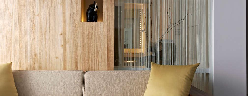 작은 집 실내를 더 꼼꼼하게 채워내는 구획 아이디어 8