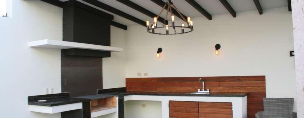 Terrazas  de estilo  por Daniel Teyechea, Arquitectura & Construccion