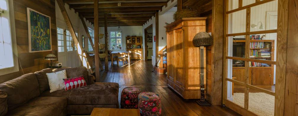 scandinavian Living room by Moraga Höpfner Arquitectos