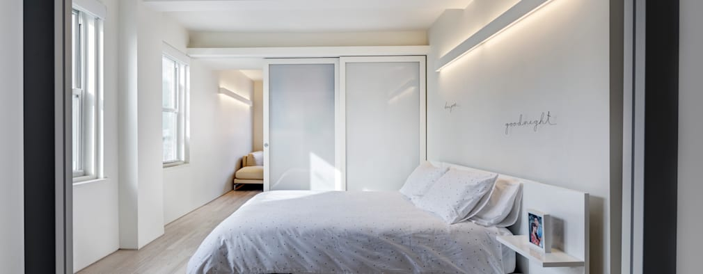 moderne Slaapkamer door Lilian H. Weinreich Architects