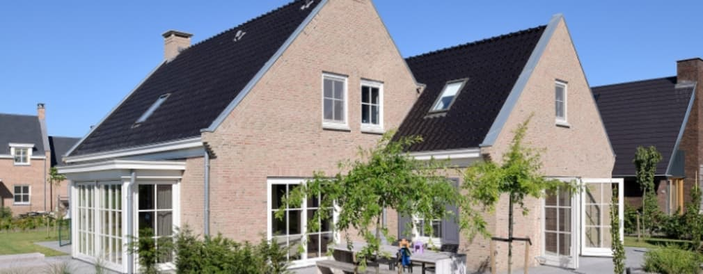 Vrijstaande woning | Sterksel: klasieke Huizen door Groothuisbouw Emmeloord