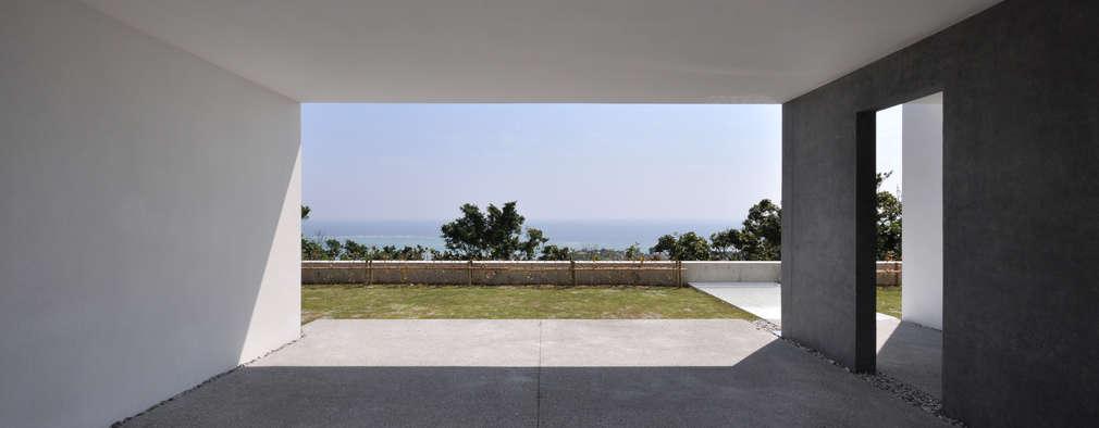 SKM03-HOUSE: 門一級建築士事務所が手掛けたガレージです。