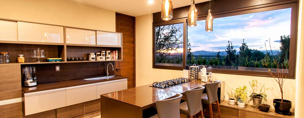 Cozinhas modernas por Loyola Arquitectos