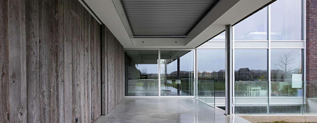현대 건축의 가치를 담담하게 보여주는 첨단 하우스