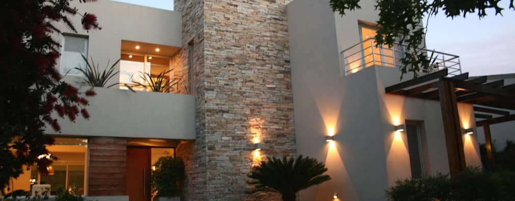 Casas de estilo moderno por Rocha & Figueroa Bunge arquitectos